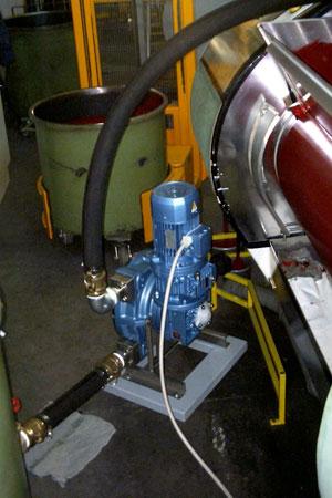 Bombas peristálticas aplicadas em processo de alimentação de equipamento gráfico